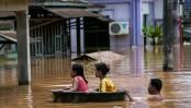 Myanmar landslide: Tens of thousands flee homes, death toll hits 59