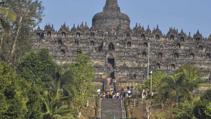 Indonesia hopes to develop more tourism sites