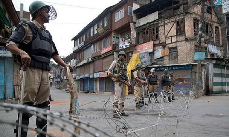 SC refuses to pass order on restoring communication services in Jammu and Kashmir