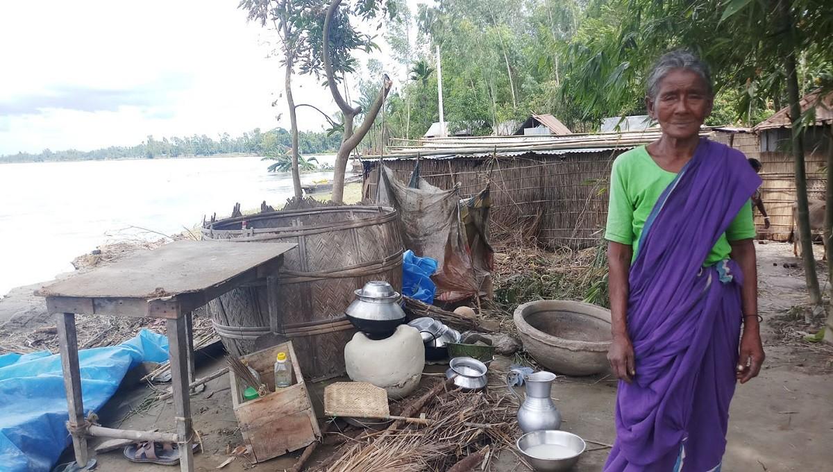 Teesta turns furious, devours 50 houses in one week
