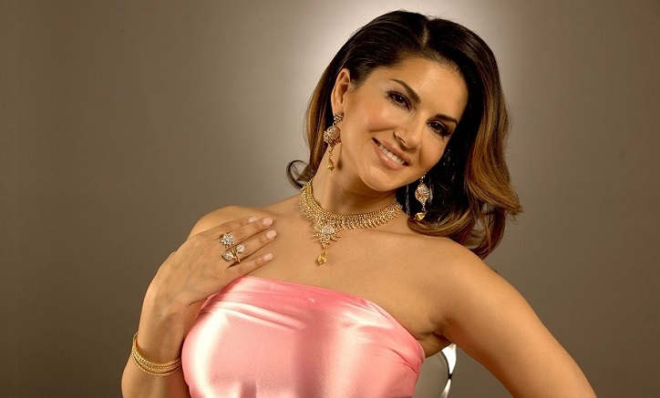 Sunny Leone continues as most Googled celeb in India