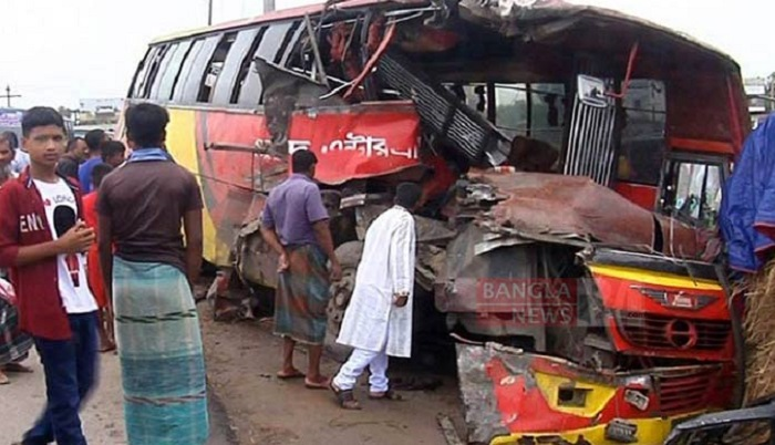 Couple among 3 killed as two buses collided head-on in Bogura