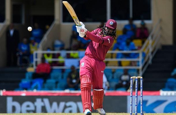 Gayle blasts 72 before rain halts 3rd ODI