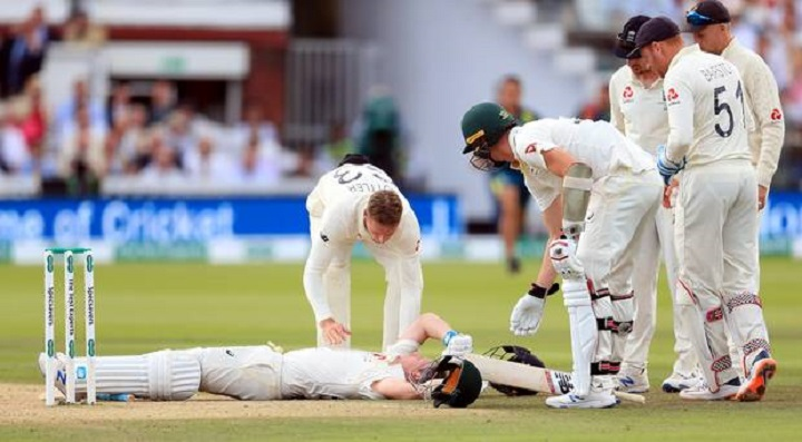 Australia's Smith retires hurt after being hit by Archer bouncer
