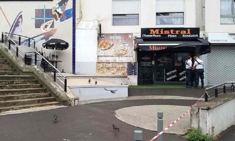 Paris waiter 'shot dead over slow service'
