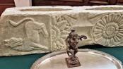 Stolen art treasures returned to India
