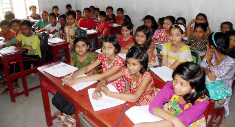 Midday meal in all govt primary schools by 2023