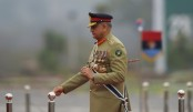 Pakistan extends military chief's tenure amid Kashmir row