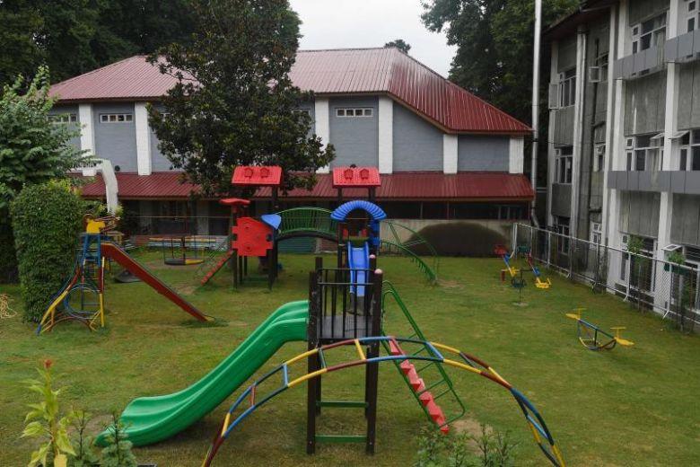 Schools deserted in Indian Kashmir as parents fear more unrest