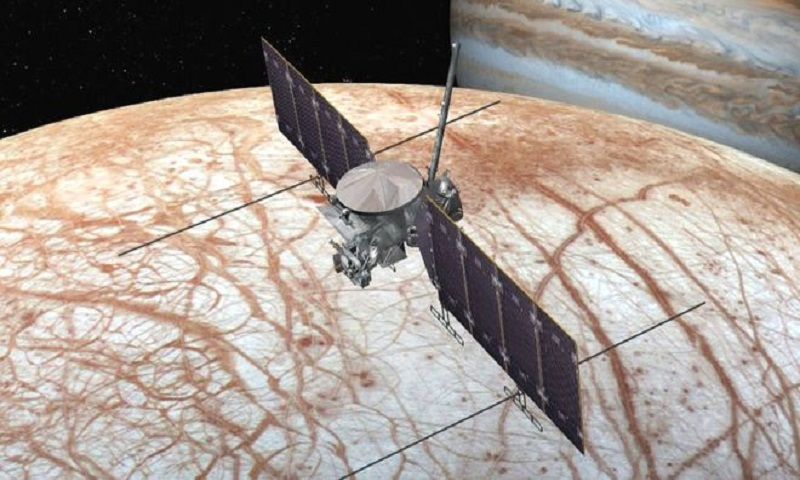 Nasa confirms ocean moon mission