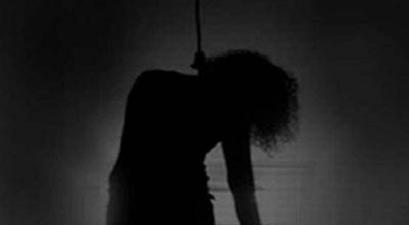College girl's hanging body found in Barishal