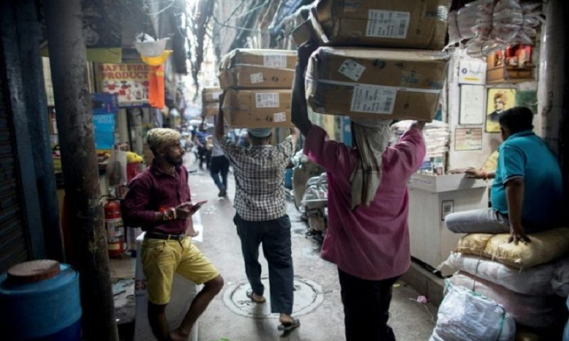 India seeks to kickstart sagging economy