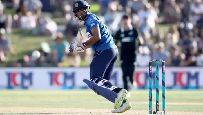 Gunathilaka returns to SL squad for NZ T20Is; Thisara Perera left out
