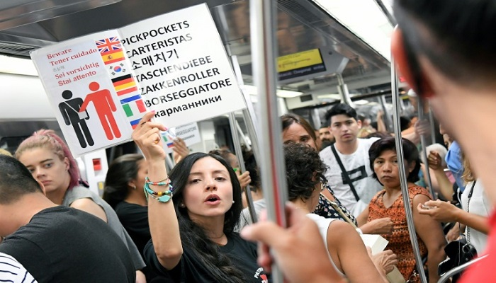 Tourism hotspot Barcelona alarmed by crime surge