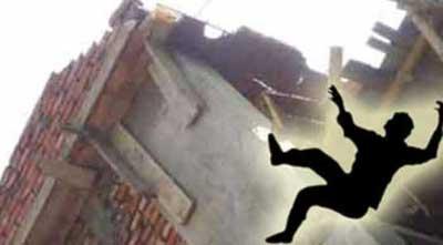 Worker dies falling from building in Madaripur