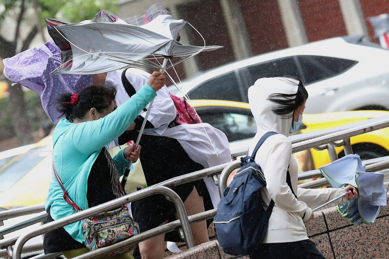 Typhoon forces flight cancellations in southern Taiwan