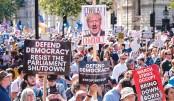 Britons protest Johnson's Brexit move