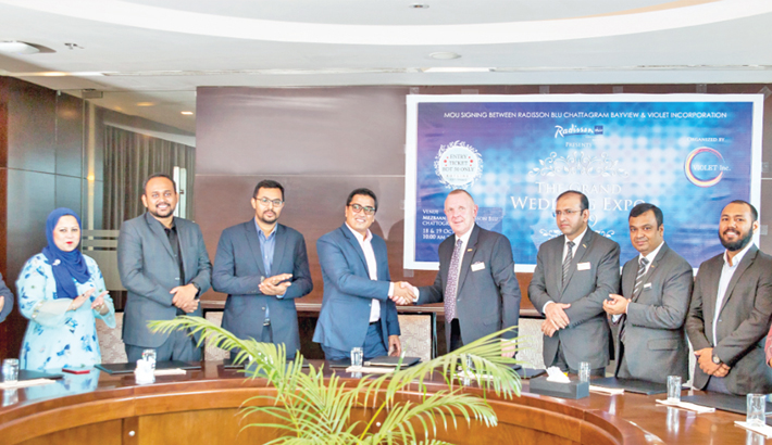 Radisson Blu, Violet In Corporation sign agreement