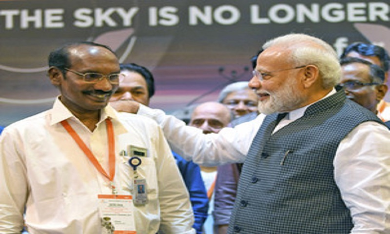 There will be a new dawn: Modi on Chandrayaan-2