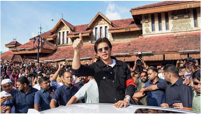 Shah Rukh Khan clarifies he hasn't signed any new film