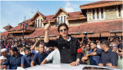 Shah Rukh Khan clarifies he hasn't signed any new film