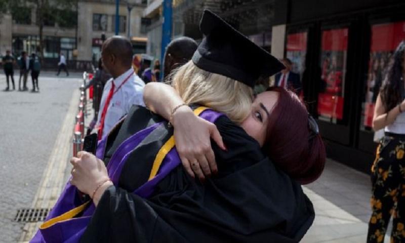 Immigration status: Ministers reverse May-era student visa rules