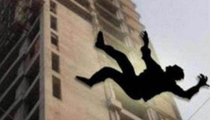 Student dies of falling from a building in Capital