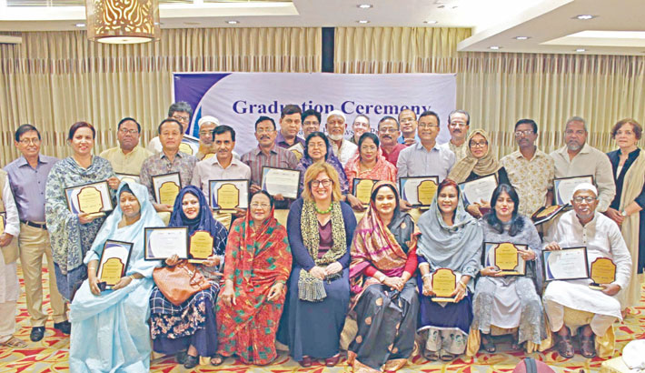 29 leaders graduate from fellowship prog