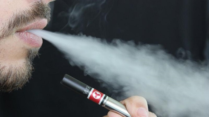 Trump administration announces plan to ban flavoured e-cigarettes