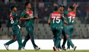 Zimbabwe loss five wickets, score 64/5