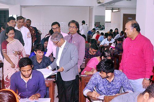 DU Ga unit admission test held