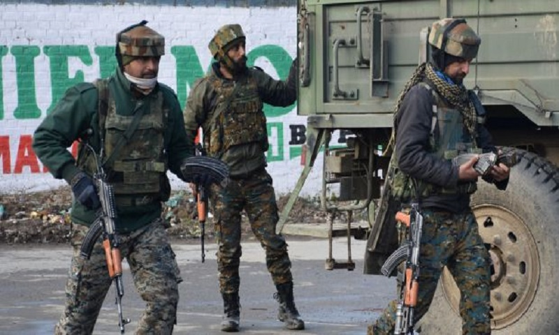 Pakistan claims Indian fire kills 1 soldier in Kashmir