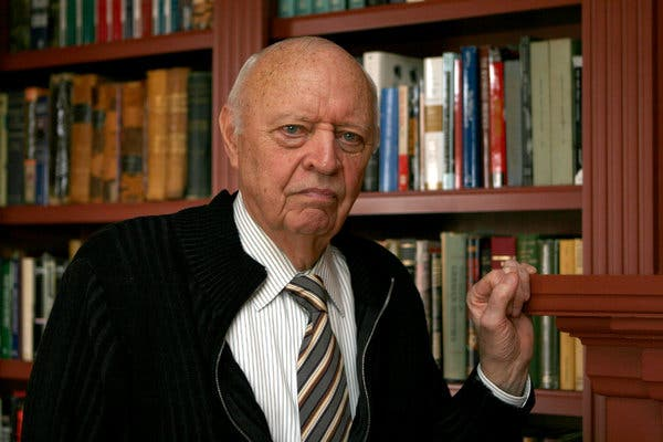 Prize winning historian Jean Edward Smith dead at 86