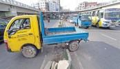 Illegal U-turns, crossings turn roads risky
