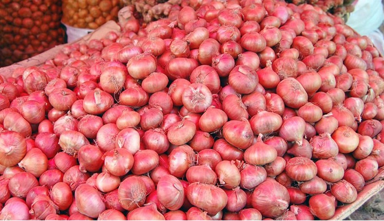 Onion prices set to rise further amid Indian move against export