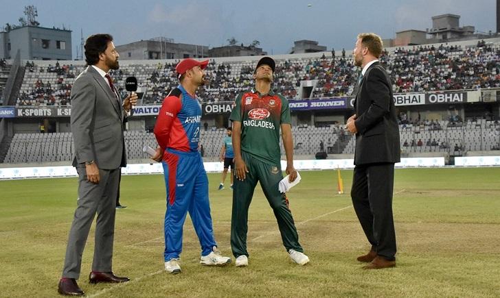 Afghanistan opt to bat against Bangladesh, teams unchanged