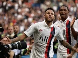 Neymar jeered but scores stunning late winner on PSG return