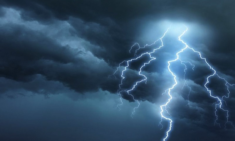 Lightning strikes kill 13 in India's Bihar