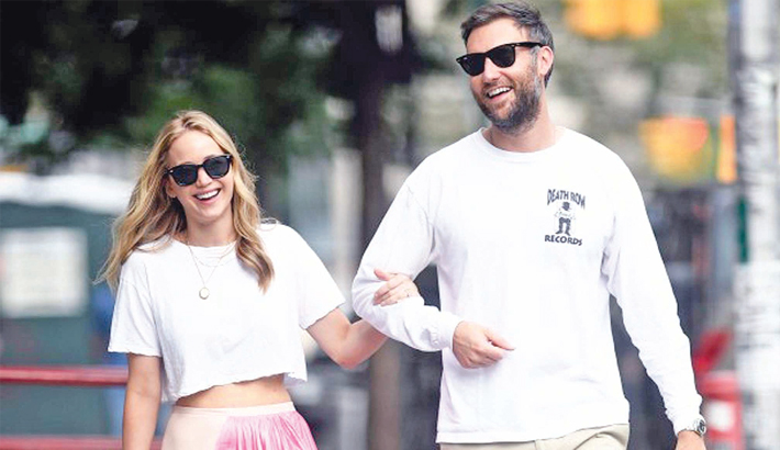 Jennifer, Maroney get married at NYC courthouse?