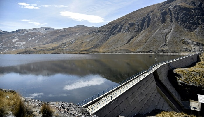 Melting snowcaps spell water trouble for world's highest capital