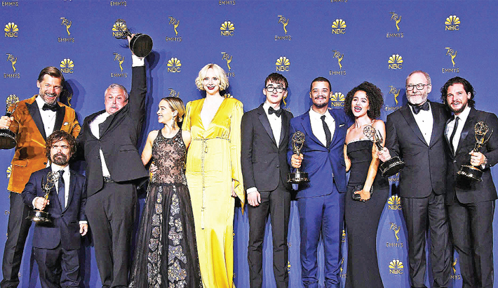 Game of Thrones seeks record in final Emmys battle