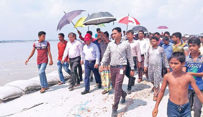 State Minister for Water Resources Zahid Faruk visits the Kaloa Badh