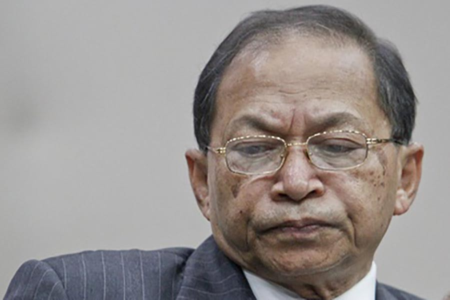 Report in graft case against former CJ Sinha on Oct 29