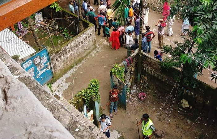 DSCC conducts eviction drive at AGB Colony in Motijheel