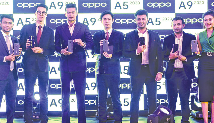 Oppo introduces two devices