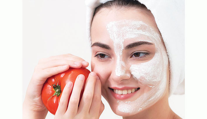 What Tomatoes Can Do For Your Skin