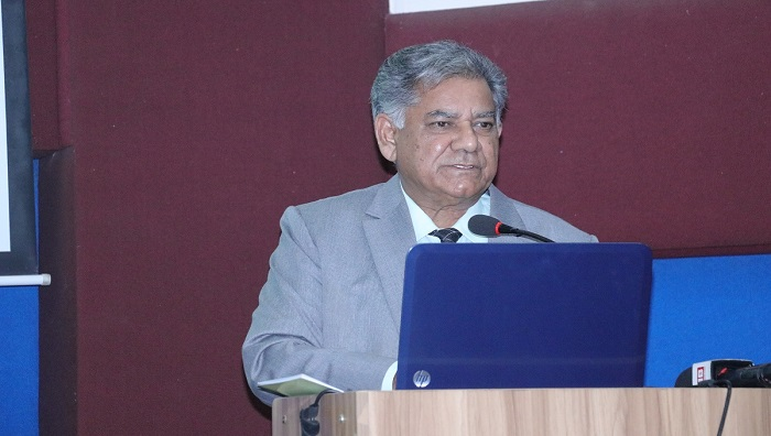 Sakhawat finds defence ministry largely remains ineffective