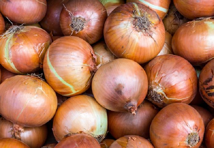 Onion prices still high in retail market