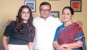 Aparna, Ejaj and Shamima together in Tolpar