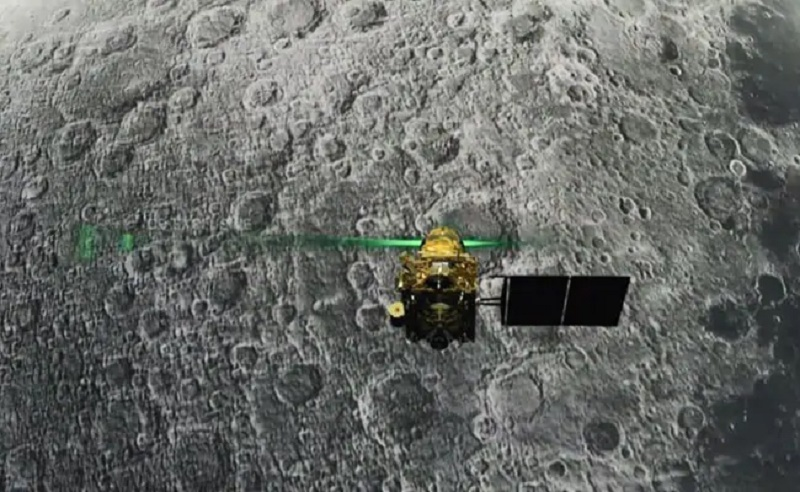 Chandrayaan 2 orbiter's payload detects charged particles on Moon
